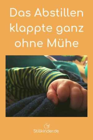 Entspannte Hand eines Kleinkinds