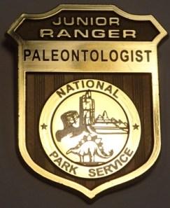 thumbs_junior-ranger-adventures-nps-special-junior-ranger-program-junior-paleontologist-4
