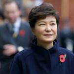 """[시론] 여전히 건재한 박근혜 대통령의 위력 """"보수여 단결하라!"""""""