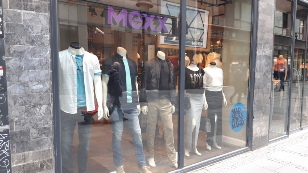 Mexx izlog (Large) (Medium)