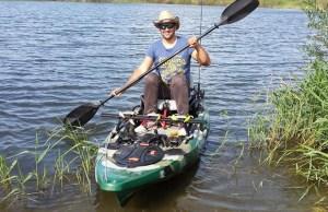 caiac pentru pescuit