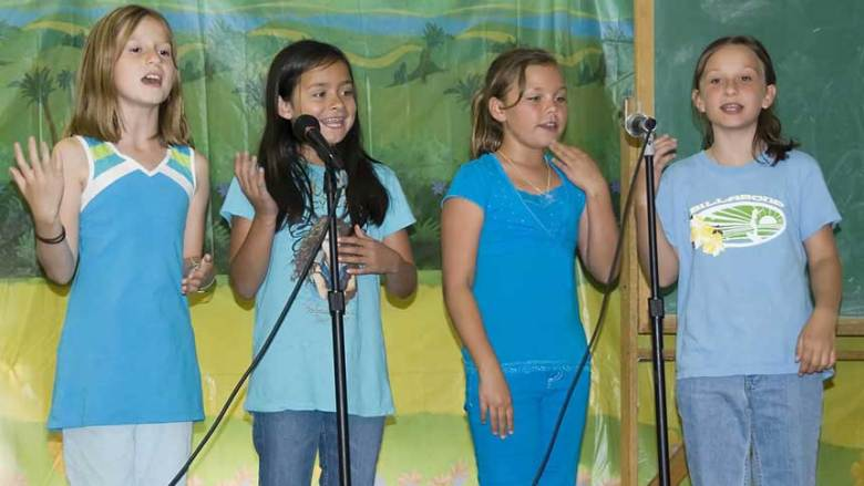 Grotto-Performance---Grade-3-