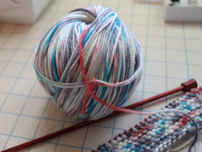 Snow Cat Yarn swatch