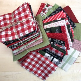 Christmas Delivery Plus 20 Fat Quarter Bundle