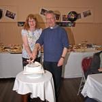 Gary & Maggie cut the cake