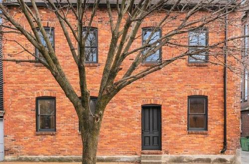Completely Restored Soulard Residence   2110 South 9th Street