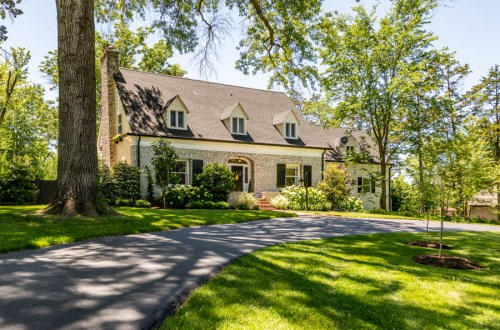 Inside Stylish Ladue Home on Sought-After Street | 34 Clermont Lane