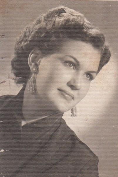 Shirley Maxine Hayes