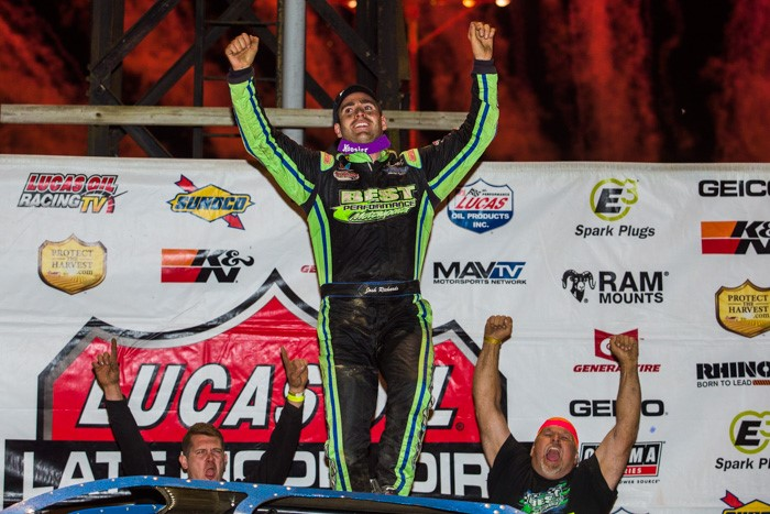 Richards Wins Dirt Track World Championship; Clinches First Lucas Oil Title