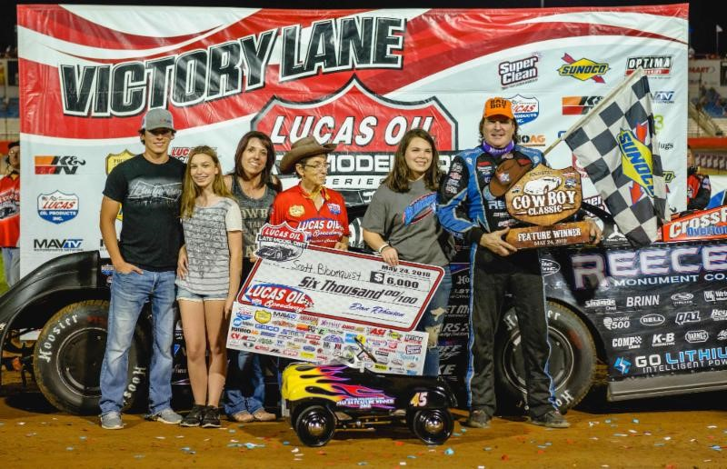 "Bloomquist captures ""Cowboy Classic"" to open Show-Me 100 weekend at Lucas Oil Speedway"