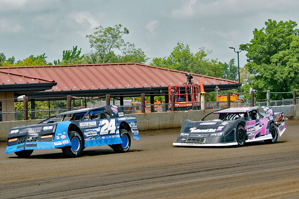 Jim Denhamer's photos of the UMP Sportsman at the Springfield Mile - 8/19/18