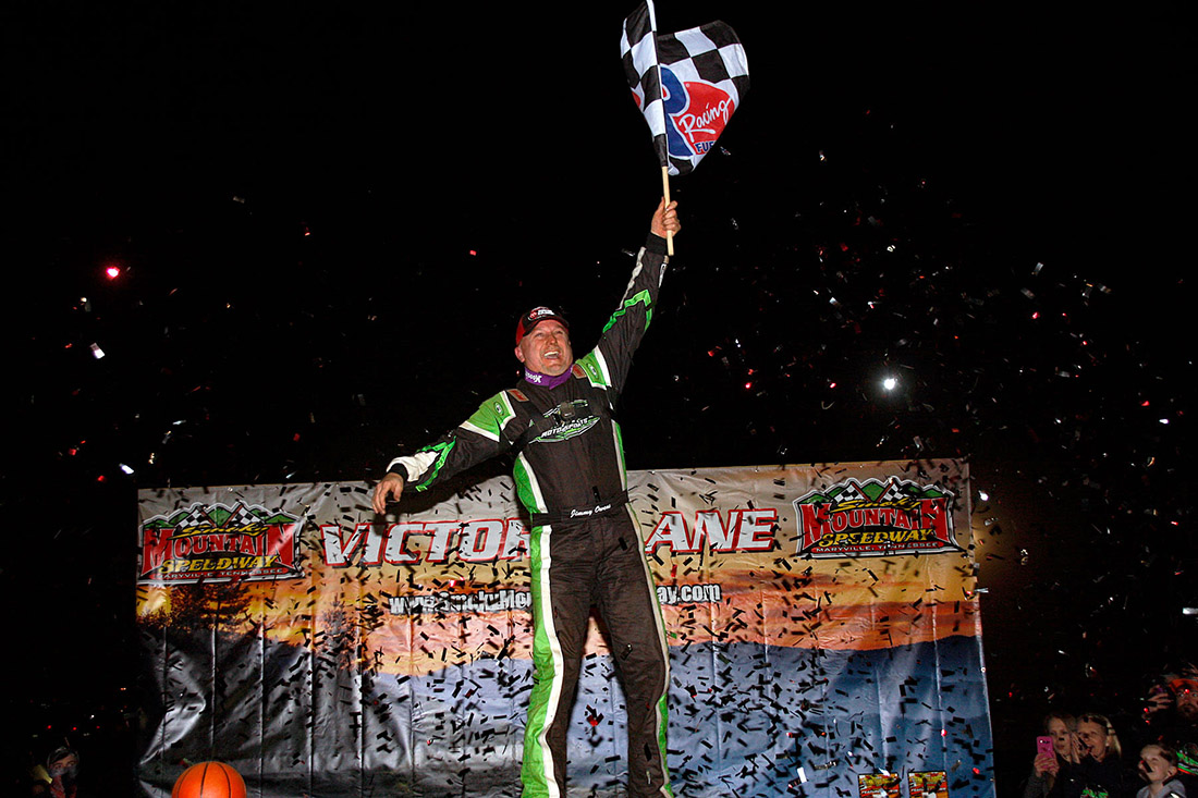 Jimmy Owens claims Smoky Mountain Outlaw win!