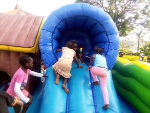 Read more about the article PHOTOS: St. Luke's Chapel Children's Christmas Party 2018
