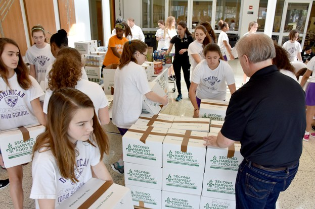 canned_food_drive_6349