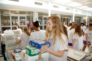 canned_food_drive_7290