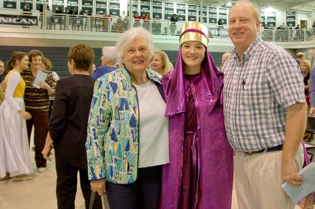 living_rosary_grandparents_1318 1