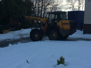 2017/18, Snow being cleared around school