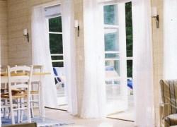 Das Wohnzimmer des Ferienhauses in Stockholm, Schweden