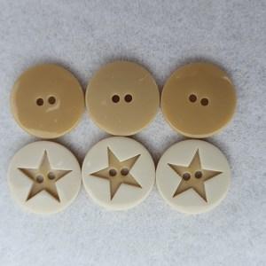 Kinderknopf mit Stern, 2-loch, beige