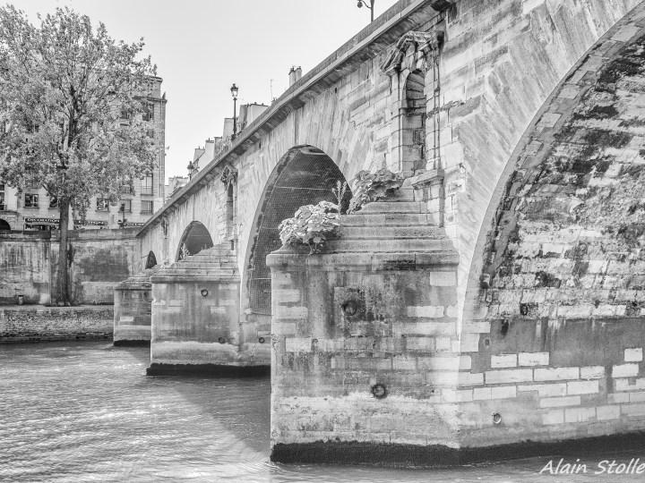 {013} Pont Marie - Paris / 1635 et 1786