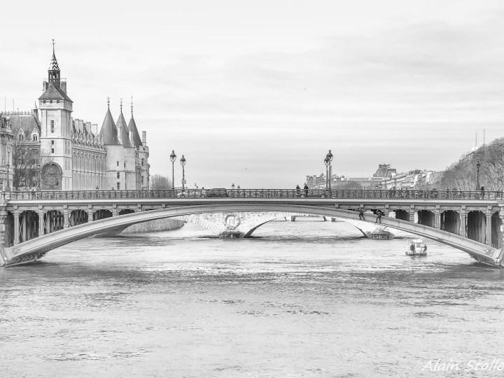 {018} Pont Notre-Dame - Paris / 1853 et 1913