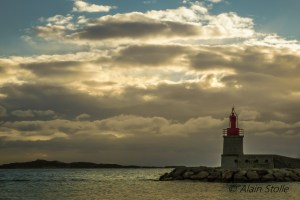 {173} Sanary - Le phare