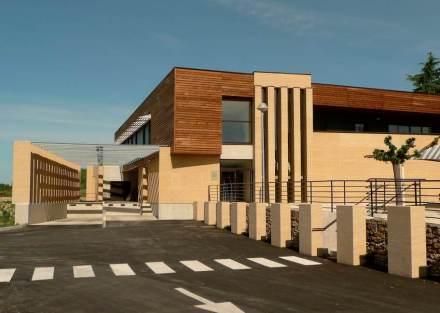 Ampliação do hospital em Duché d'Uzès.