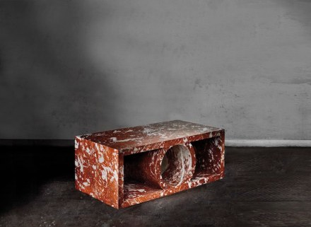 """Palais"" Low table (2015): Red marble, L 120 x H 45 x P 60 cm, Limited edition."
