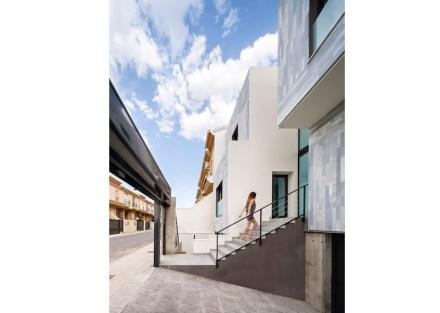 Arias Recalde taller de arquitectura: Casa adosada en España.