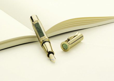 """Graf von Faber Castell Collection"": caneta-tinteiro."