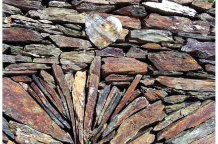 Category Building Today, 1st Prize: Daniel Goupy, dry stone wall, Ventajols (Lozère).
