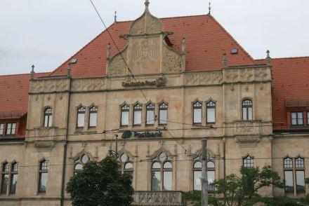 ... und Dessau.