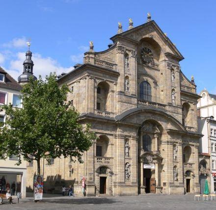 Schaufassade von St. Martin in Bamberg. Foto: Wikimedia Commons / Andreas Praefcke