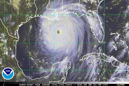 Hurricane Katrina on August 28, 2005, at landfall along central U.S. Gulf Coast, covering almost the entire Gulf of Mexico. Photo: NOAA / Wikimedia Commons