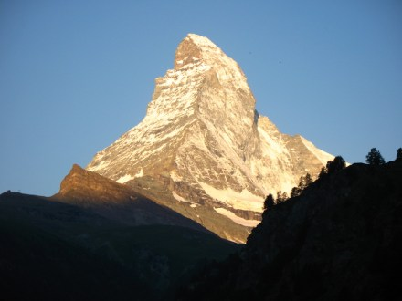 Stone-Emotions at its best: e.g. Matterhorn, in the Swiss Alps. Photo: Andrew Bossi / Wikimedia Commons
