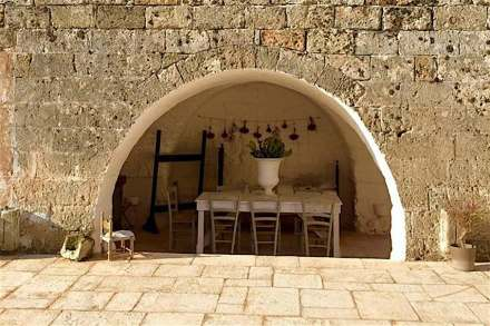 Areniscas Rosal: Albamiel limestone.