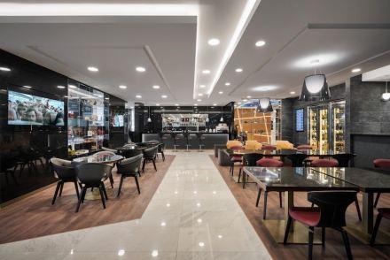 "Marco Piva: VIP Lounge ""Casa Alitalia"", Mailand Malpensa."
