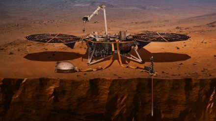 Artist's impression of InSight probe after landing on Mars and unfolding the solar cells. Source: Nasa/JPL/Caltech