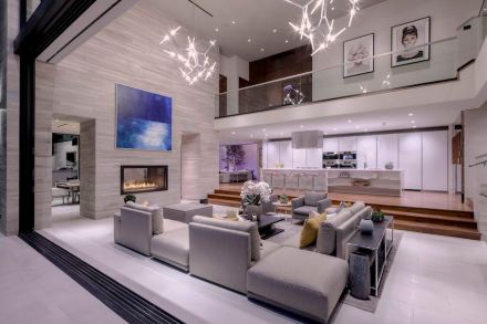 CID-Awards: Design category, Residential Stone. Project: Luxury Modern Design. Designer: Gaskin Designs & Development. Location: West Hollywood, CA.