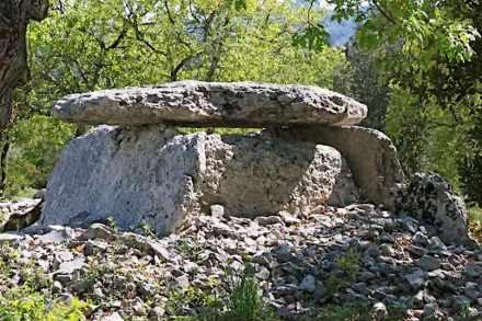 Dolmens et Patrimoine de Labeaume. Photo: Webpage