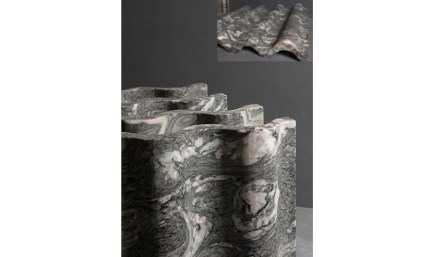 "Surface ""Veneto"". Design: Ludson Zampirolli; company: Magban; marble Mandala."
