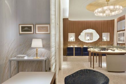 Atelier Alain Ellouz: Chaumet jewelry boutique in Paris.