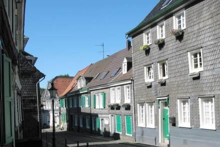 Schieferfassaden in der Altstadt von Solingen.