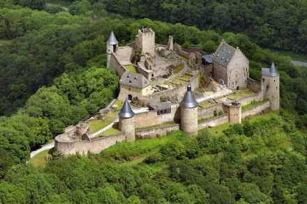Burg Bourscheid, Luxemburg. Foto: Historisches Museum Saar, Hajo Dietz