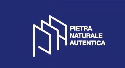 Das Logo von Pietra Naturale Autentica.