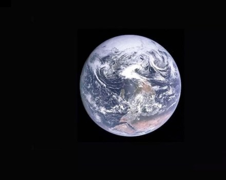 "Blue Marble. Photo: Nasa / <a href=""https://commons.wikimedia.org/""target=""_blank"">Wikimedia Commons</a>"