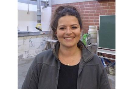 Sophia Maucher, erste Bundessiegerin ei den Steinbildhauern im Wettbewerb PLW.