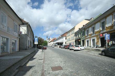 Atelier Arhitekti: Redesign of the old market square in Novo Mesto. Photo: Studio Arhitekti