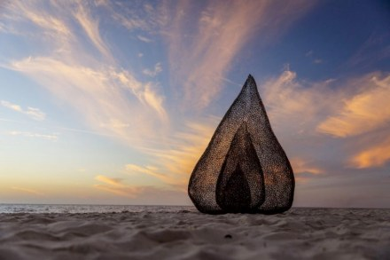 Sculpture by the Sea, 2020, photo from the webpage of the exhibition.