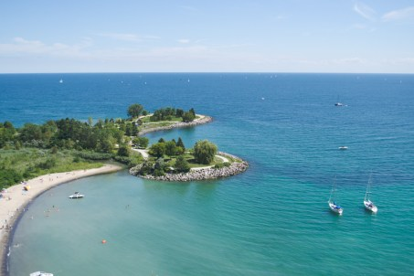 scarborough bluffs beach